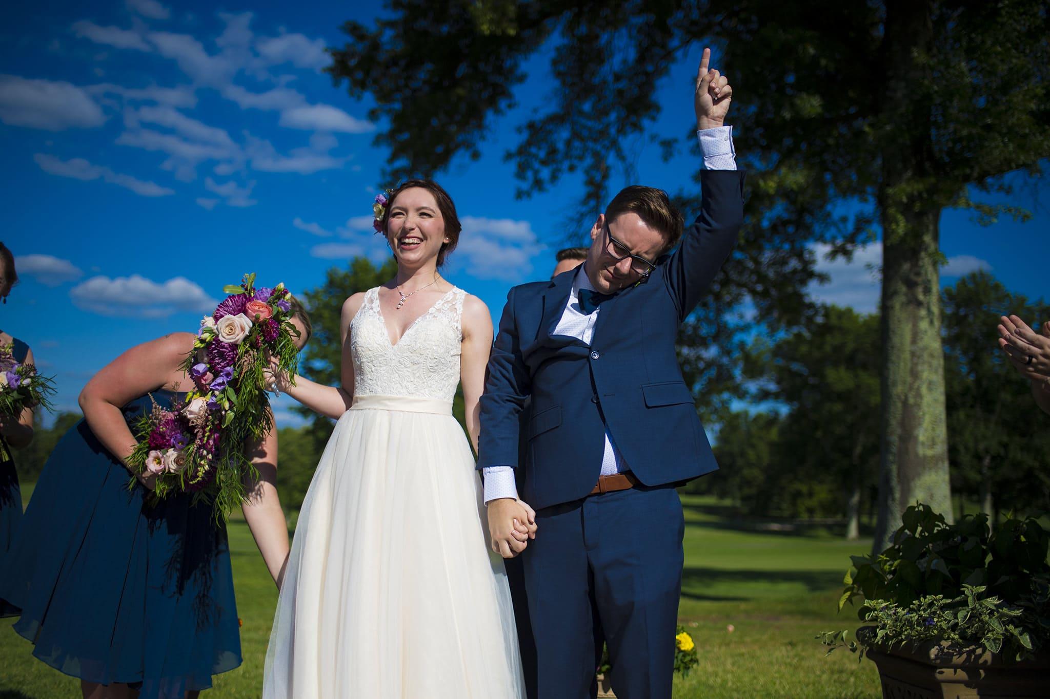 Cincinnati Wedding Venues - Coldstream Country Club Cincinnati - Studio 22 Photography