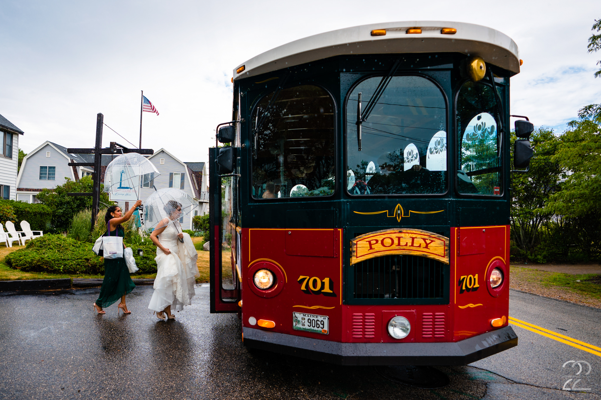 Choosing something out of the ordinary for your wedding makes it uniquely yours. Andrea rented a trolly to bring them to the York Golf & Tennis Club for their wedding. It was so much fun for everyone.