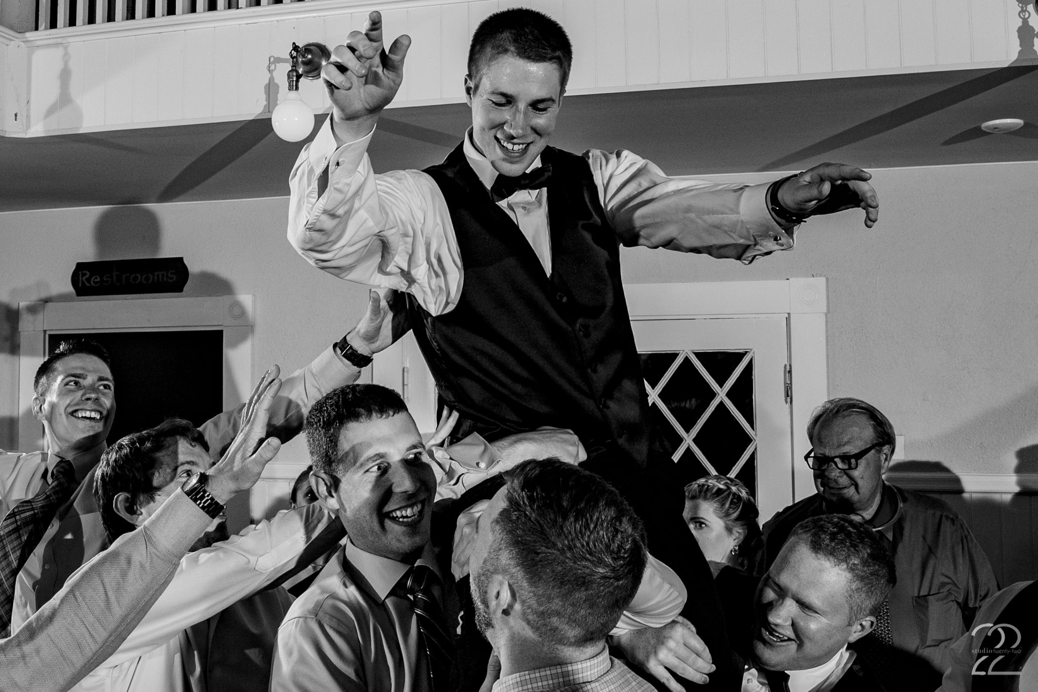 A wedding can have great music and food but epic friends and family are what make it a night to remember! This Maine wedding at the York Golf & Tennis Club will be one to remember for years.