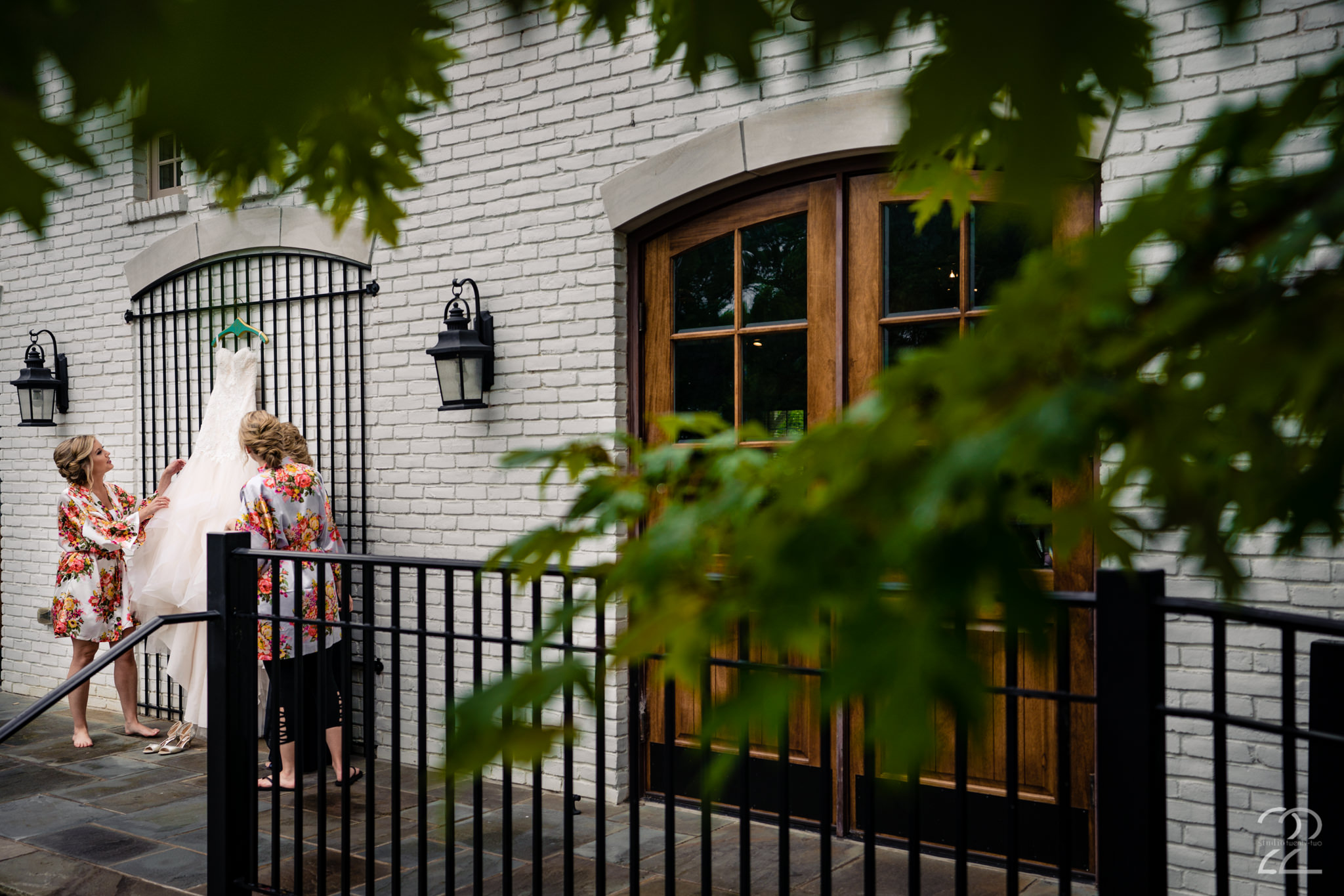 Cincinnati Wedding Photographers - Carriage House