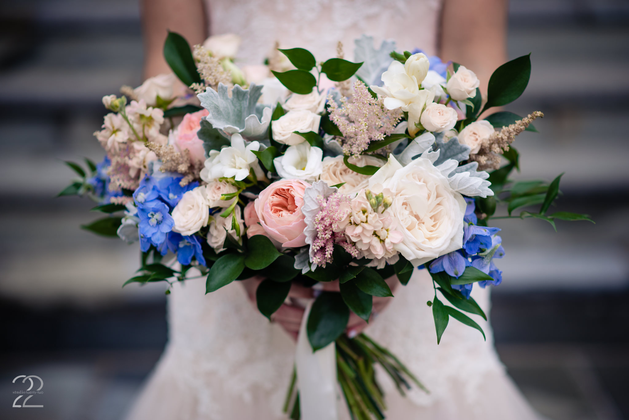 Sherwood Florist - Cincinnati Wedding Photographers