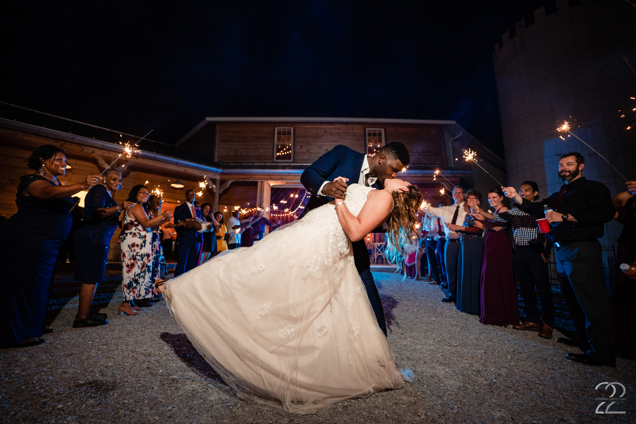 Round Barn Wedding at Orrmont Estate - Dayton Wedding Photographers