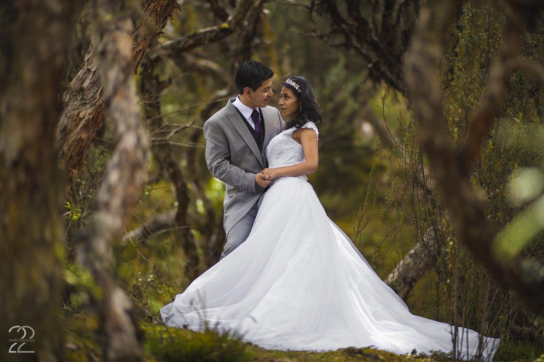 Wedding Photos in Cajas National Park - Studio 22 Photography