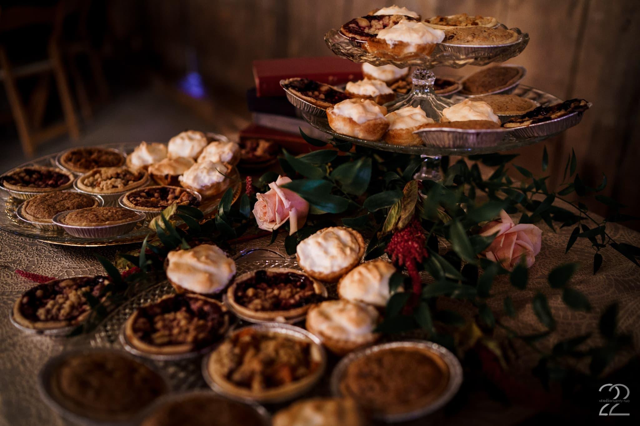 Southern Wedding Ideas - Charming Southern Wedding - Warrenwood Manor