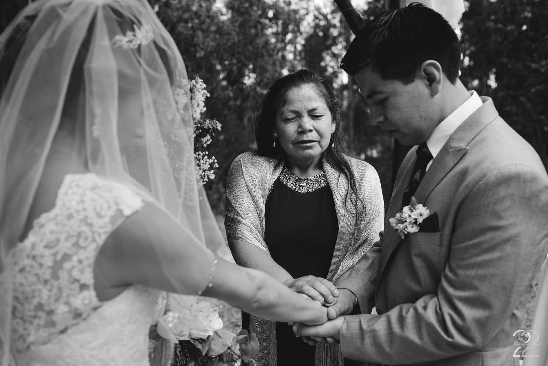 Wedding Photos in Ecuador - Destination Weddings