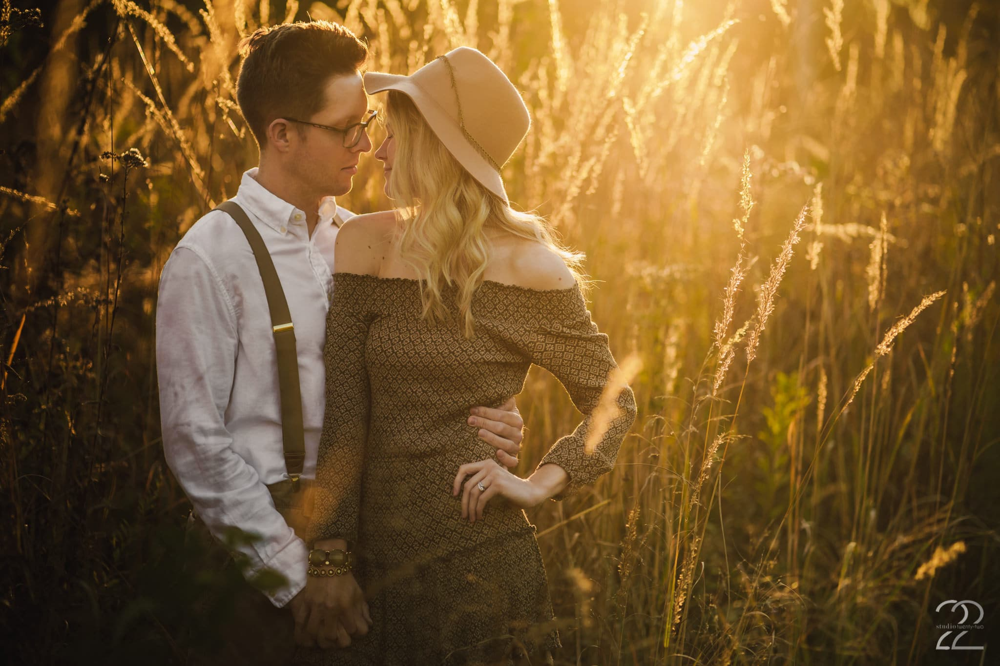 Studio 22 Photography - Wegerzyn Garden Engagement Photos