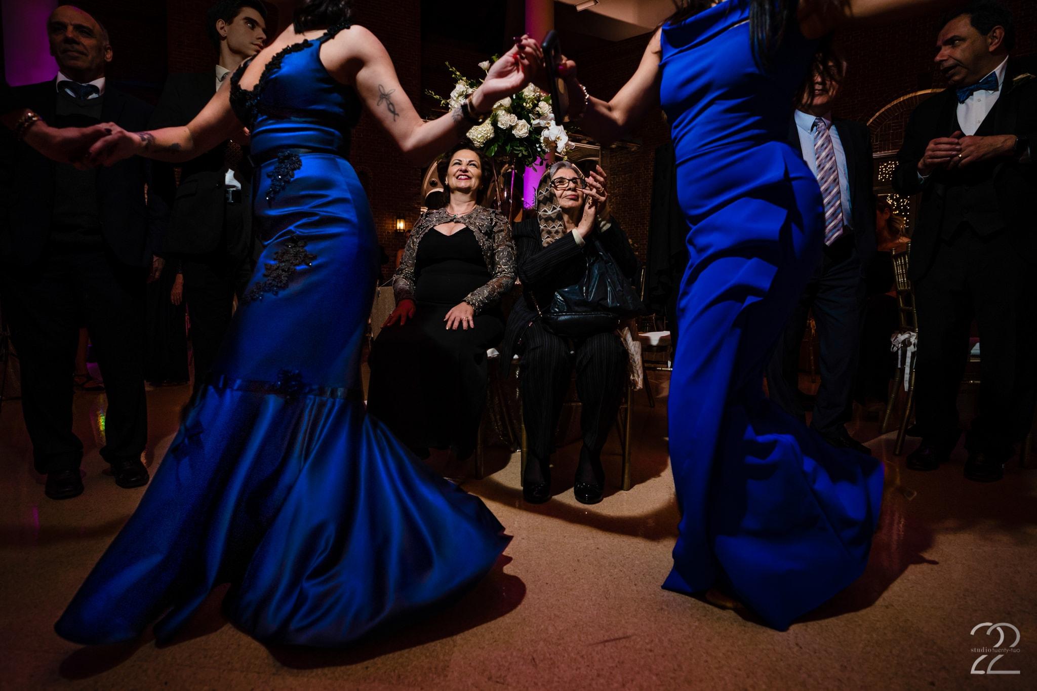 Wedding Receptions at Dayton Art Institute - Studio 22 Photography