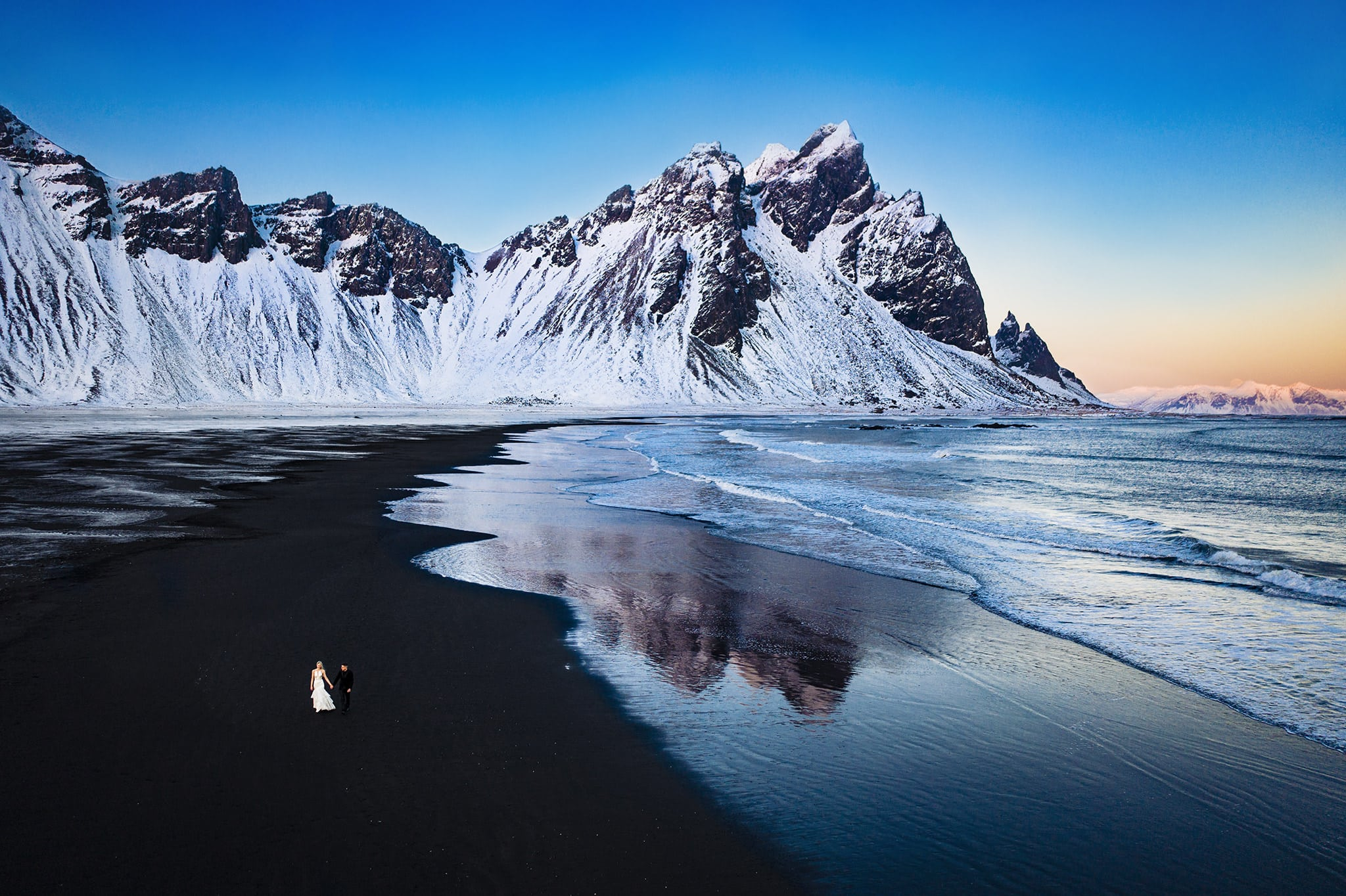 Vestrahorn Mountain Iceland - Iceland Elopement Photos - Wedding Photos in Iceland - Studio 22 Photography