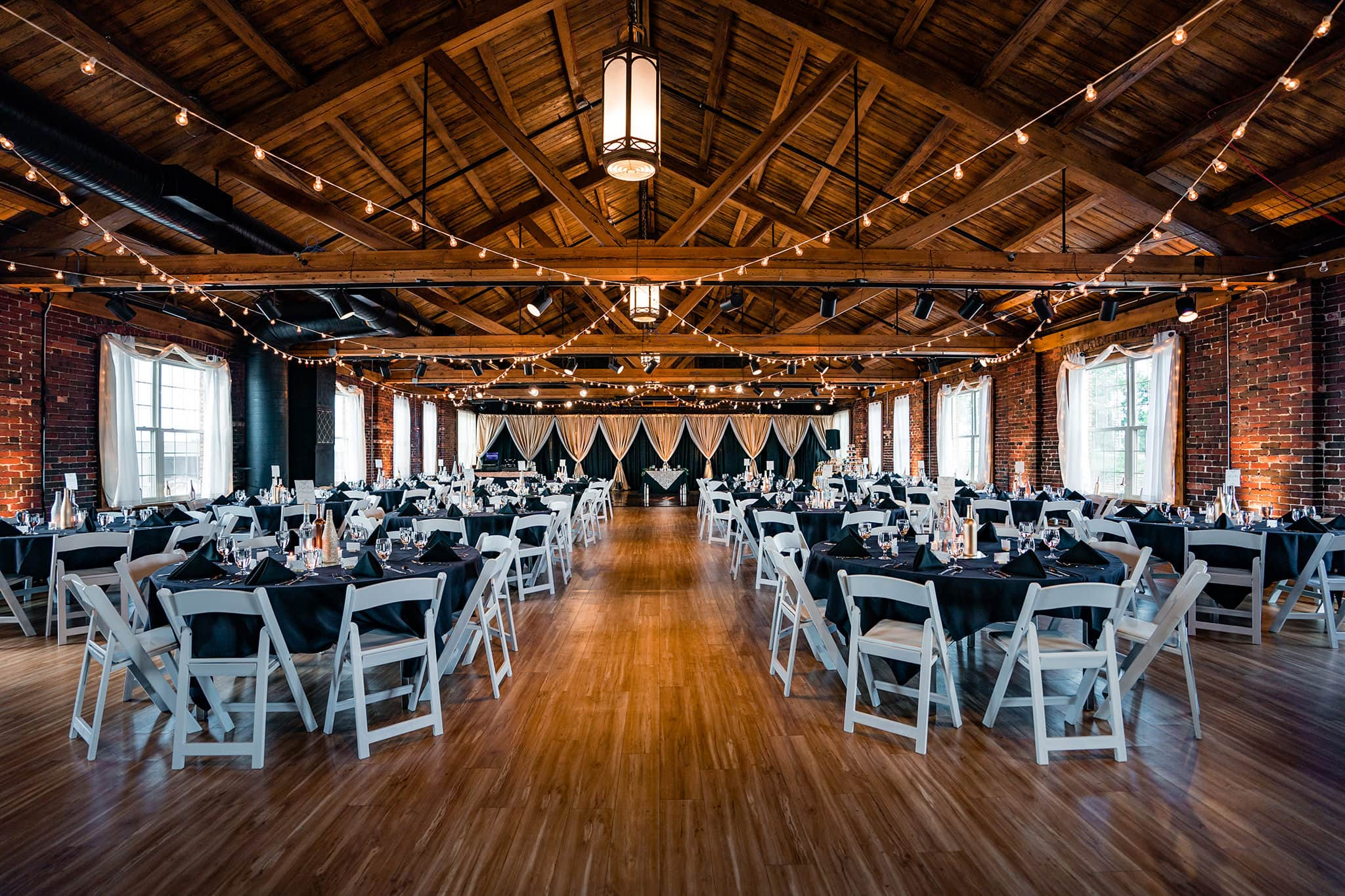The Loft at Top of the Market - Dayton Wedding Venues - Studio 22 Photography