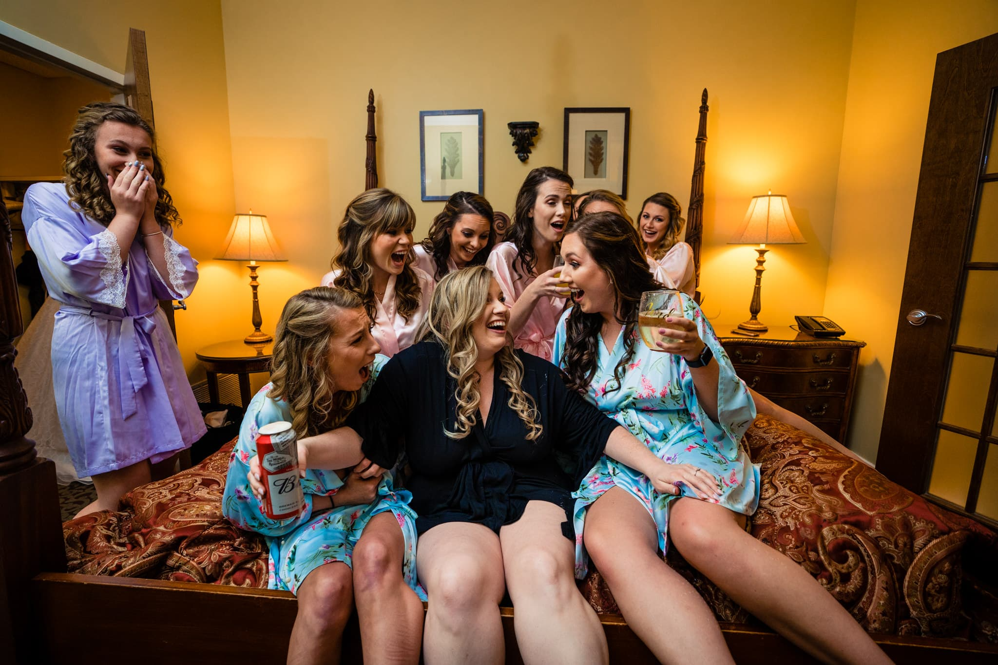 Funny Wedding Photos of Bridesmaids