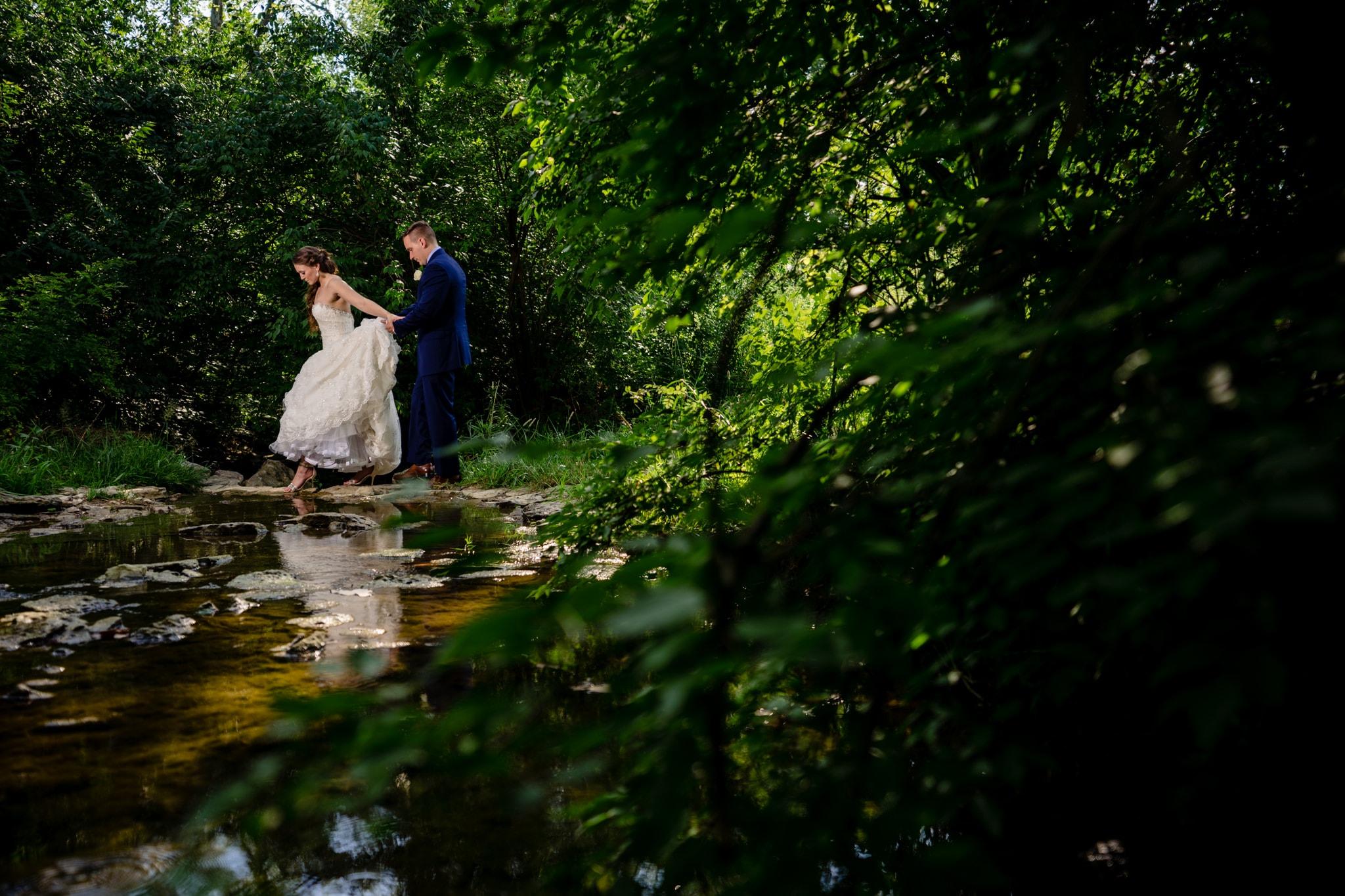 Studio 22 Photography - Wedding Photographers in Dayton - Ohio Barn Wedding