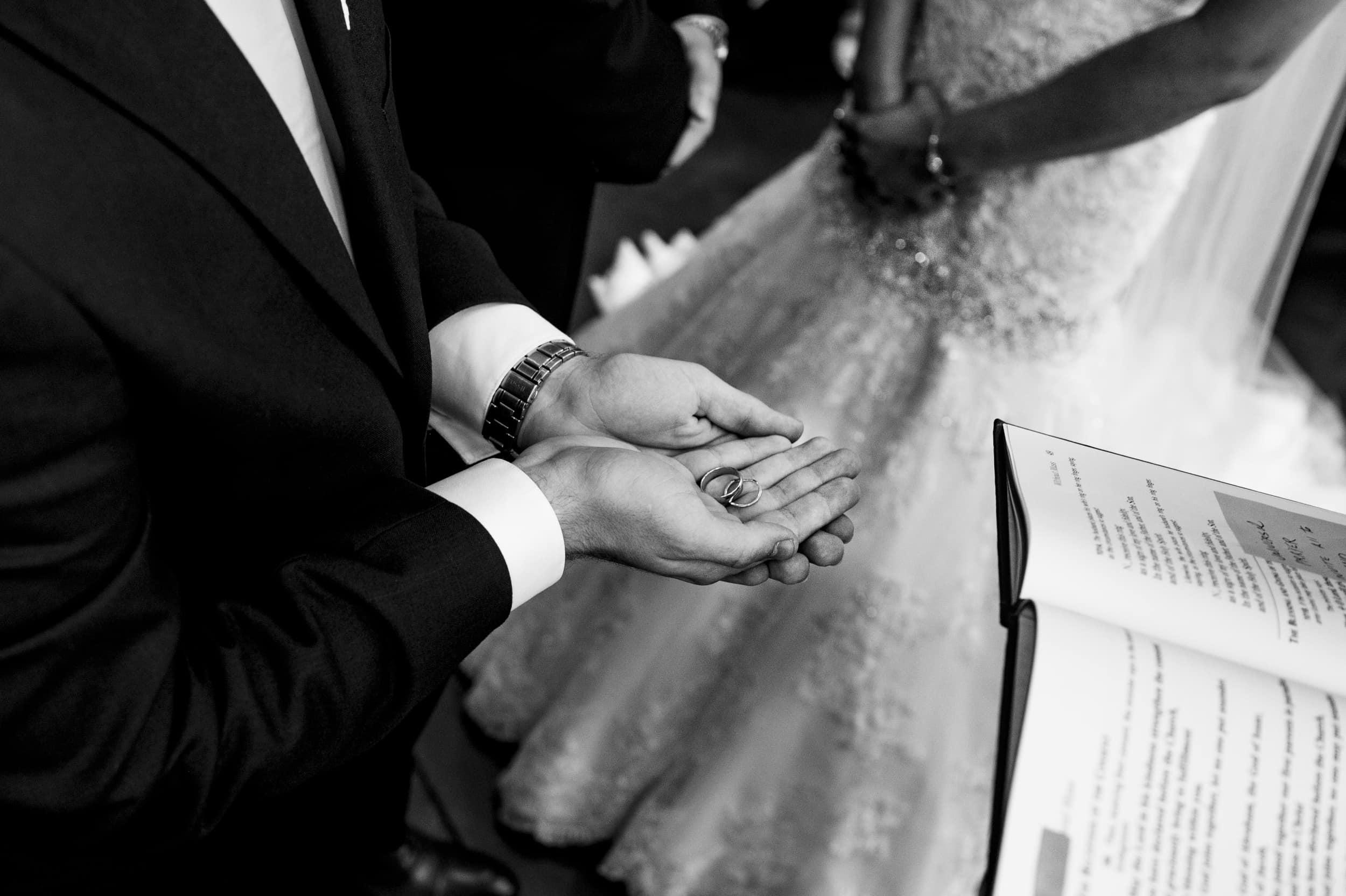 Studio 22 Photography - Dayton Wedding Photographers