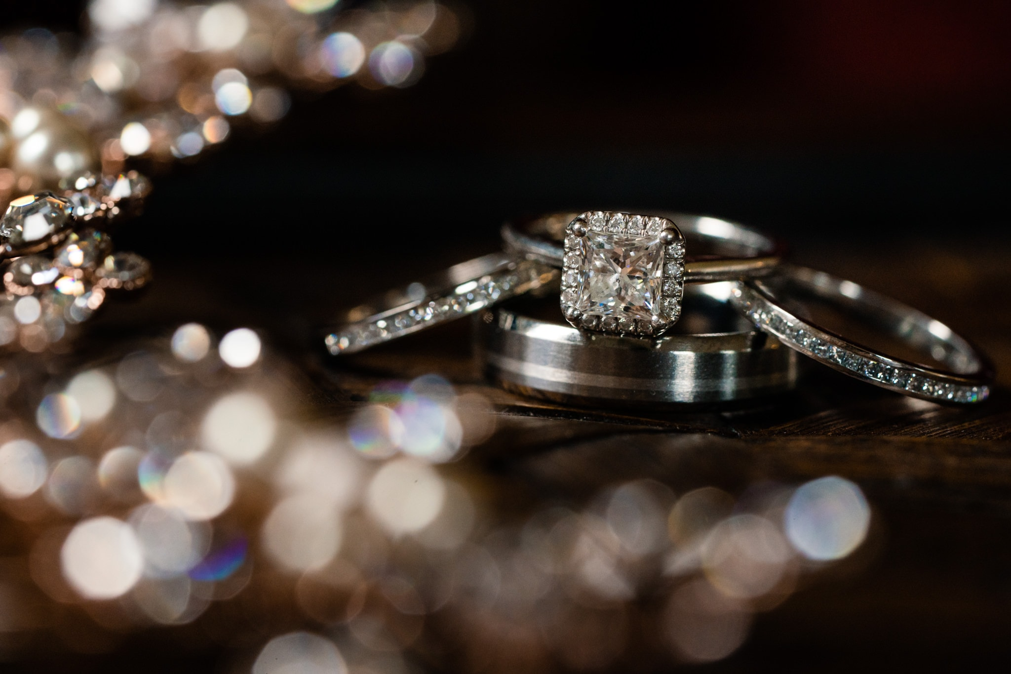 How to choose Engagement Rings - Studio 22 Photography